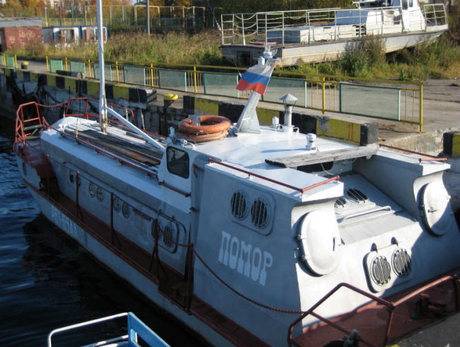 Продается мореходный прогулочный катер.  Корпус стальной, 4 мм.  Местонахождение - Архангельск.
